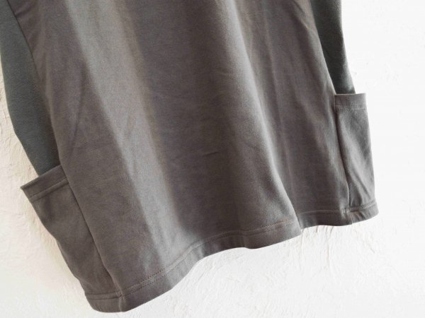 SIDE POCKET TEE 【chacoal】 / modemdesign