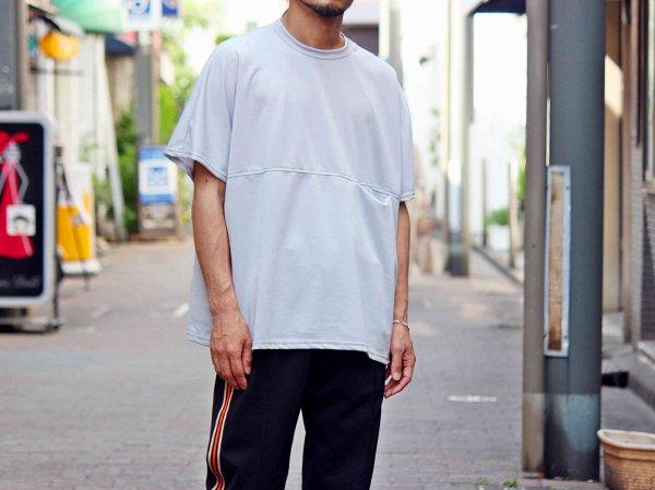 BEKA TEE 【GRAY】 / ionoi