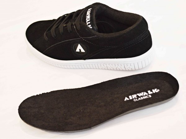 ONE 【BLACK×BLACK】 / AIRWALK