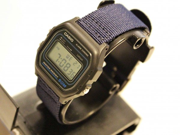 W-59 【NAVY】 / CASIO<img class='new_mark_img2' src='//img.shop-pro.jp/img/new/icons1.gif' style='border:none;display:inline;margin:0px;padding:0px;width:auto;' />