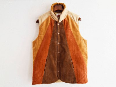 SUNLIGHT VEST 【BROWN】 / Nasngwam. ナスングワム<img class='new_mark_img2' src='//img.shop-pro.jp/img/new/icons1.gif' style='border:none;display:inline;margin:0px;padding:0px;width:auto;' />
