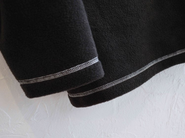 STITCH MOCK FLEECE 【BLACK】 / ionoi
