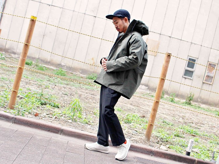 T-COAT 【OLIVE】 / necessary or unnecessary