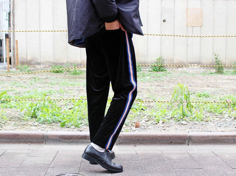 ORBIT PANTS( (VELOR) 【BLACK】 / ionoi