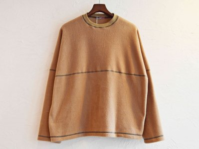 STITCH BEKA FLEECE 【CAMEL】 / ionoi<img class='new_mark_img2' src='https://img.shop-pro.jp/img/new/icons1.gif' style='border:none;display:inline;margin:0px;padding:0px;width:auto;' />