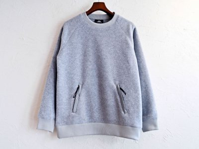 Heather fleece Sweater 【Light Grey】 / MOUTAIN EQUIPMENT<img class='new_mark_img2' src='https://img.shop-pro.jp/img/new/icons1.gif' style='border:none;display:inline;margin:0px;padding:0px;width:auto;' />