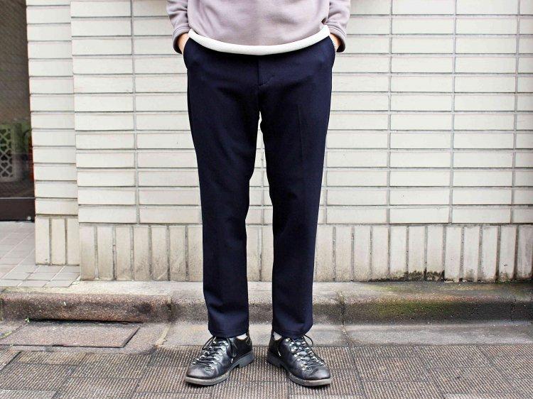 CENTER PRESS TAPERED PANTS 【DARK NAVY】 / LAMOND