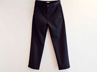 CENTER PRESS TAPERED PANTS 【DARK NAVY】 / LAMOND