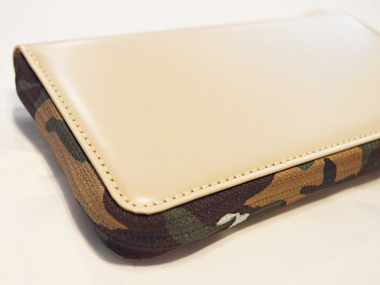 soft glass Long Wallet 【Beige】 / soglia<img class='new_mark_img2' src='https://img.shop-pro.jp/img/new/icons1.gif' style='border:none;display:inline;margin:0px;padding:0px;width:auto;' />