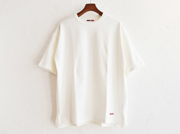 HABIT TEE 【WHITE】 / ionoi
