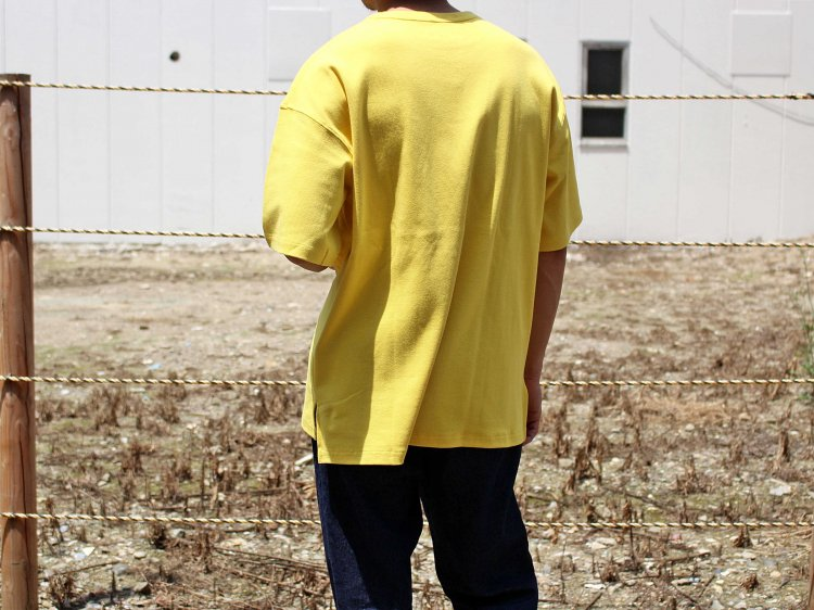 HABIT TEE 【YELLOW】 / ionoi