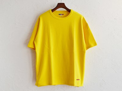 HABIT TEE 【YELLOW】 / ionoi<img class='new_mark_img2' src='https://img.shop-pro.jp/img/new/icons1.gif' style='border:none;display:inline;margin:0px;padding:0px;width:auto;' />
