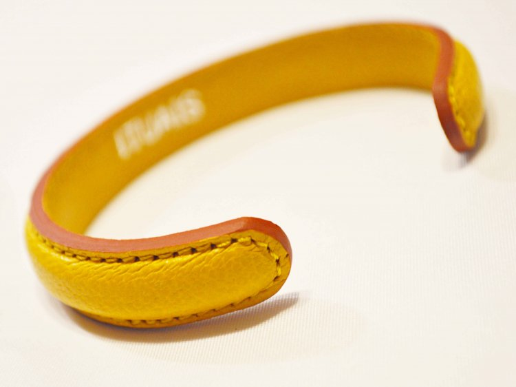 Chevre Bangle 【Yellow】 / ITUAIS