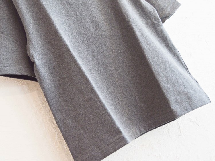 AUTUMN TERRY CLOTH TEE 【CHACOAL】 / LAMOND<img class='new_mark_img2' src='https://img.shop-pro.jp/img/new/icons1.gif' style='border:none;display:inline;margin:0px;padding:0px;width:auto;' />