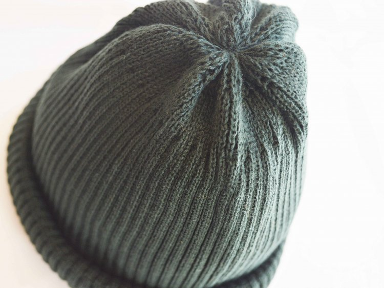 COTTON ROLL UP BEANIE 【D.GREEN】 / RoToTo<img class='new_mark_img2' src='https://img.shop-pro.jp/img/new/icons1.gif' style='border:none;display:inline;margin:0px;padding:0px;width:auto;' />