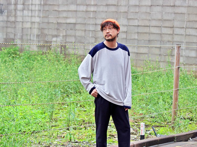 Nasngwam. ナスングワム / FLOW CREW ロングカットソー(GRAY×NAVY/グレー×ネイビー)<img class='new_mark_img2' src='https://img.shop-pro.jp/img/new/icons1.gif' style='border:none;display:inline;margin:0px;padding:0px;width:auto;' />