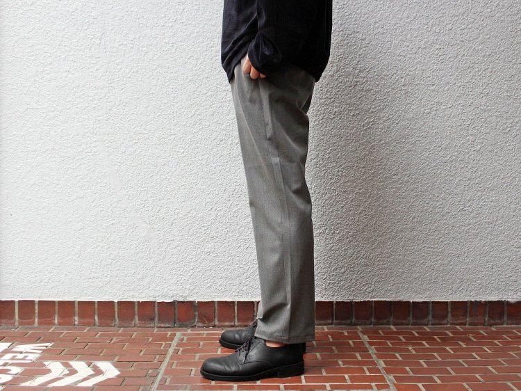 ACTION SLACKS 【GRAY】 / LAMOND<img class='new_mark_img2' src='https://img.shop-pro.jp/img/new/icons1.gif' style='border:none;display:inline;margin:0px;padding:0px;width:auto;' />