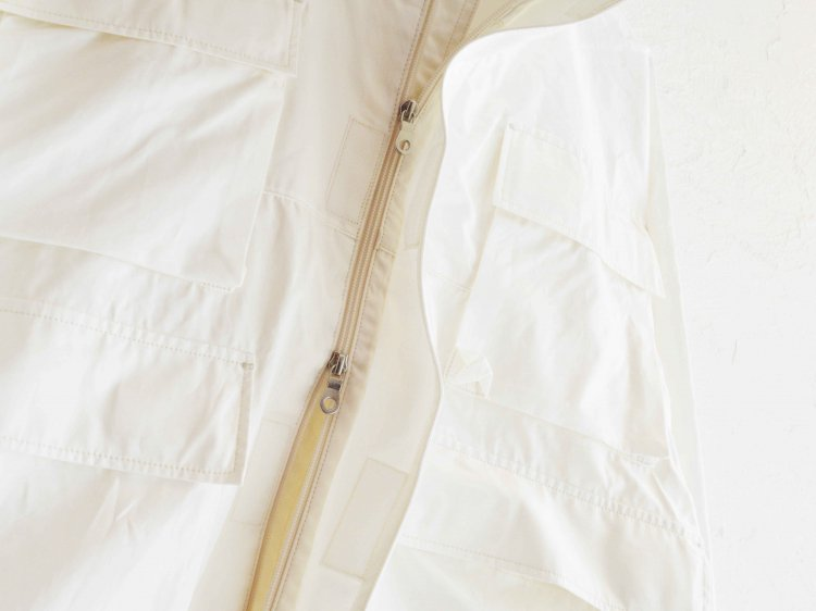 GRAND 【OFF WHITE】 / BASISBROEK<img class='new_mark_img2' src='https://img.shop-pro.jp/img/new/icons1.gif' style='border:none;display:inline;margin:0px;padding:0px;width:auto;' />
