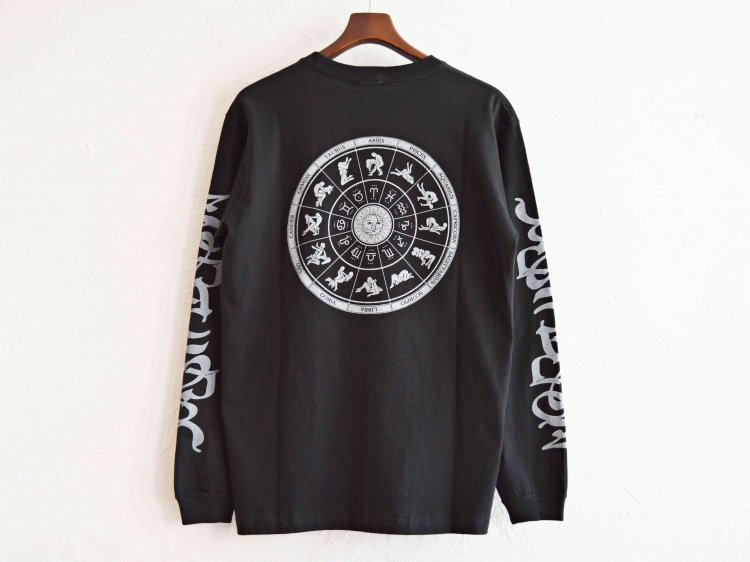 ZODIAC ゾディアック / PRINT L/S TEE ロングスリーブTシャツ  (BLACK ブラック)<img class='new_mark_img2' src='https://img.shop-pro.jp/img/new/icons1.gif' style='border:none;display:inline;margin:0px;padding:0px;width:auto;' />