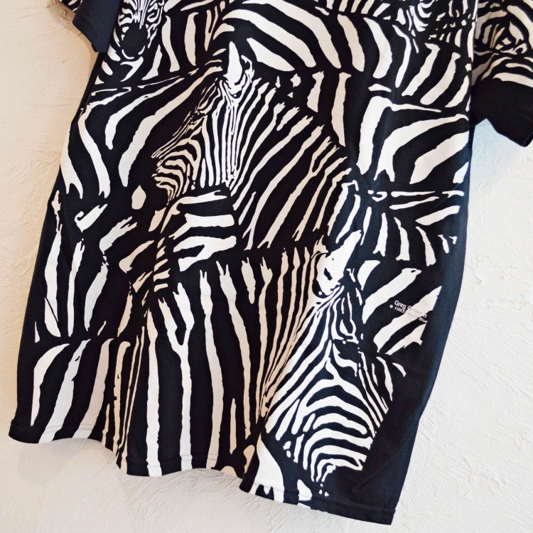LEATHER TRAMP SELECT / White Zebra Black T-Shirt ゼブラ総柄Tシャツ (BLACK ブラック)<img class='new_mark_img2' src='https://img.shop-pro.jp/img/new/icons1.gif' style='border:none;display:inline;margin:0px;padding:0px;width:auto;' />