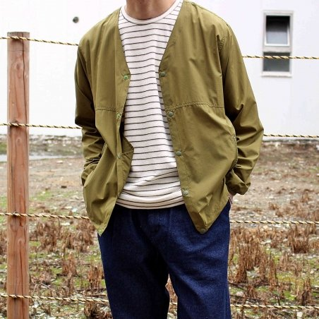 MOUNTAIN EQUIPMENT マウンテンイクィップメント / Easy Cardigan イージーカーディガン (OLIVE オリーブ)<img class='new_mark_img2' src='https://img.shop-pro.jp/img/new/icons1.gif' style='border:none;display:inline;margin:0px;padding:0px;width:auto;' />