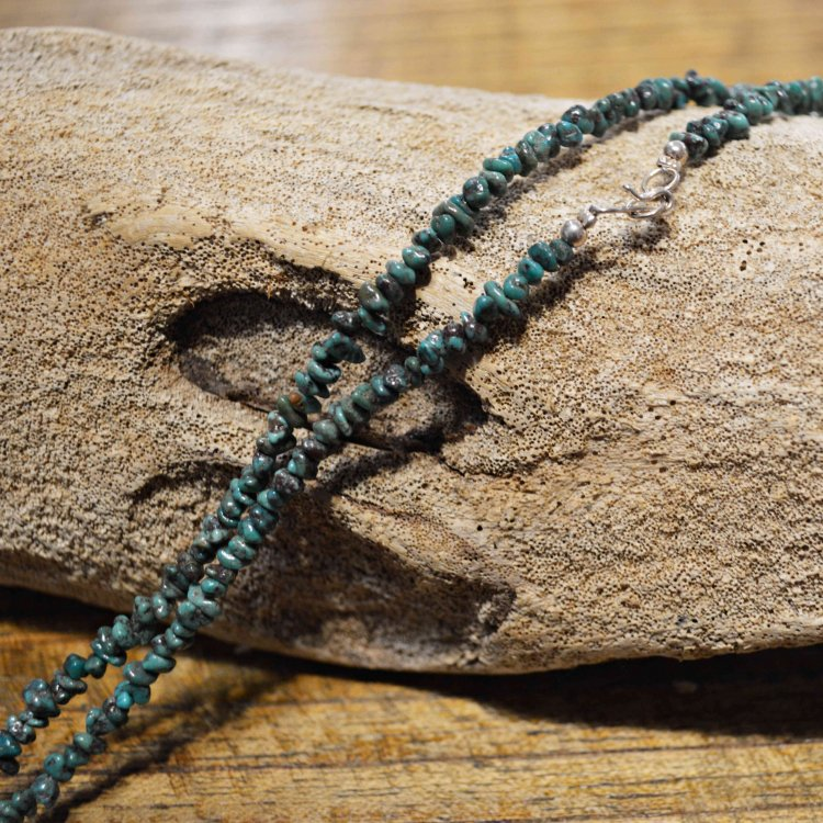 Indian jewelry インディアンジュエリー/ NAVAJO TURQUOISE NECKLACE ナヴァホターコイズネックレス<img class='new_mark_img2' src='https://img.shop-pro.jp/img/new/icons1.gif' style='border:none;display:inline;margin:0px;padding:0px;width:auto;' />