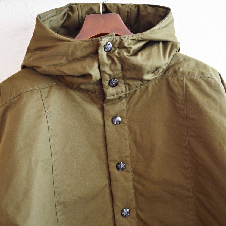 necessary or unnecessary ネセサリーオアアンネセサリー / JP2 プルオーバージャンバー (OLIVE オリーブ)<img class='new_mark_img2' src='https://img.shop-pro.jp/img/new/icons1.gif' style='border:none;display:inline;margin:0px;padding:0px;width:auto;' />