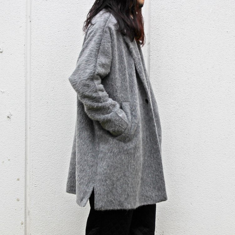 BASISBROEK バージズブルック / RECHT ワンボタンハーフコート (MED GREY ミディアムグレー)<img class='new_mark_img2' src='https://img.shop-pro.jp/img/new/icons1.gif' style='border:none;display:inline;margin:0px;padding:0px;width:auto;' />