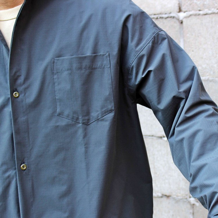 necessary or unnecessary ネセサリーオアアンネセサリー N.O.U.N ナウン / SLOPING SHIRT PE (GRAY グレー)<img class='new_mark_img2' src='https://img.shop-pro.jp/img/new/icons1.gif' style='border:none;display:inline;margin:0px;padding:0px;width:auto;' />
