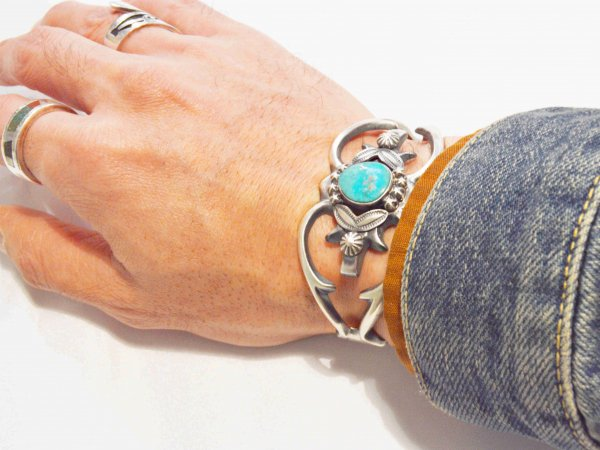Navajo BANGLE (HENRY MORGAN ヘンリーモーガン) / indian jewelry