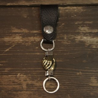 <img class='new_mark_img1' src='https://img.shop-pro.jp/img/new/icons5.gif' style='border:none;display:inline;margin:0px;padding:0px;width:auto;' />Shakehands Leather Key Hanger