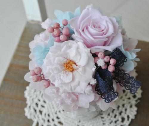 プティ マリアンヌ ピンク【結婚祝いプチギフトに!可愛いピンクのプリザーブドフラワー/クリアケース付き!】