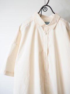 Dulcamara ドゥルカマラ ショートスリーブトレンチシャツ オフホワイト [ラスト1点]