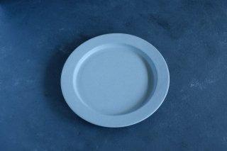 <img class='new_mark_img1' src='https://img.shop-pro.jp/img/new/icons59.gif' style='border:none;display:inline;margin:0px;padding:0px;width:auto;' />yumiko iihoshi porcelain イイホシユミコ unjour apres midi plate (plate M) color:smoke blue