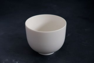 yumiko iihoshi porcelain イイホシユミコ ReIRABO matcha bowl color:quiet white