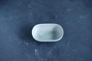 yumiko iihoshi porcelain イイホシユミコ ReIRABO Oval plate S color:spring mint green