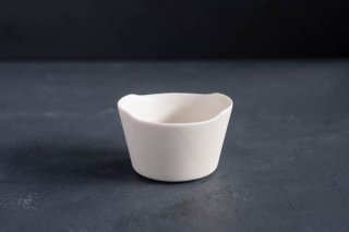 yumiko iihoshi porcelain イイホシユミコ unjour matin bowl S color:suna