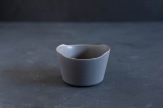 yumiko iihoshi porcelain イイホシユミコ unjour matin bowl S color:rainy gray