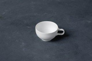 <img class='new_mark_img1' src='https://img.shop-pro.jp/img/new/icons13.gif' style='border:none;display:inline;margin:0px;padding:0px;width:auto;' />yumiko iihoshi porcelain イイホシユミコ SHIONARI cup S color:white