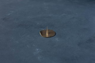 和ろうそく 大與 真鍮の燭台【鎚板】 丸