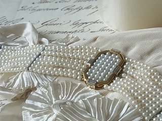 粋な真珠のドックカラーネックレス