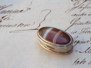 縞瑪瑙の銀の小箱