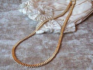20世紀初頭のゴールドネックレス