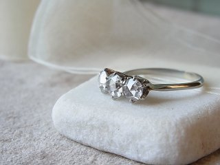 大粒ローズカットダイヤのリング