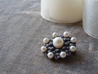 古いダイヤと養殖真珠のブローチ