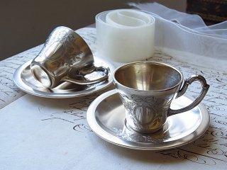 結婚祝いのペアカップ&ソーサー