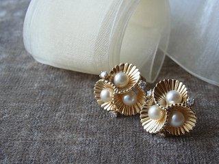 真珠&ダイヤモンドの貝殻ピアス