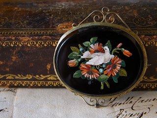 『白鳩とデージー』ミクロモザイク