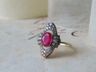 華やかピンクルビー&ダイヤリング