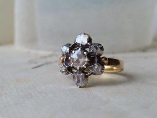 18世紀の雪の結晶のリング